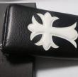 品質保証新品CHROME HEARTS クロム ハーツ 財布 偽物 レザー 革 クロス ラウンドファスナー 大容量 ロングウォレット 長財布