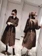 ゴージャスな煌めきの新作  スカート シンプルでまとまりがちなファッション フェンディスッキリとしたおしゃれ感が魅力 FENDI