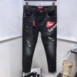 SUPREMEシュプリーム ジーンズ コピー定番デザインのストレートのデニムパンツ履き心地の良いデニム素材を使用した