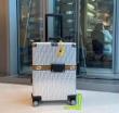 2019年春夏コレクションに見る オトナの余裕 フェンディ FENDI スーツケース