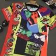 シンプルなファッションの一枚 ヴェルサーチスーパーコピー半袖tシャツ通販 VERSACEコピー 夏らしいカジュアルな印象 通年使えるアイテム