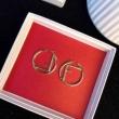 イヤリング レディース FENDI フェミニンなイメージがある限定新作 フェンディ コピー ゴールド デイリー コーデ 品質保証